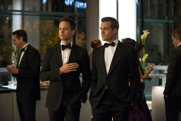 suits-216-war-01