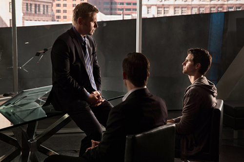 """The Tomorrow People -- """"In Too Deep"""" --  Image Number: TP102B_7826.jpg —Pictured (L-R): Mark Pellegrino as Dr. Jedikiah Price and Robbie Amell as Stephen -- Photo: Jack Rowand/The CW -- © 2013 The CW Network, LLC. All rights reserved."""