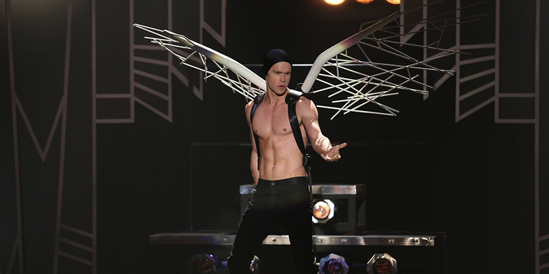 "GLEE: Sam (Chord Overstreet) performs in the ""A Katy or a Gaga"" episode of GLEE airing Thursday, Nov. 7 (9:00-10:00 PM ET/PT) on FOX. ©2013 Fox Broadcasting Co. CR: Beth Dubber/FOX"