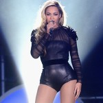 Beyonce Releases Surprise Self-Titled Album Exclusively on iTunes