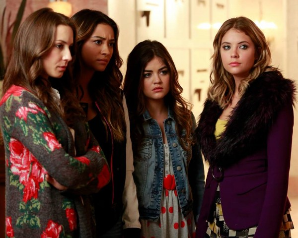 'Pretty Little Liars' Winter Premiere Review: Who is in Alison's casket? What is Ezra hiding?