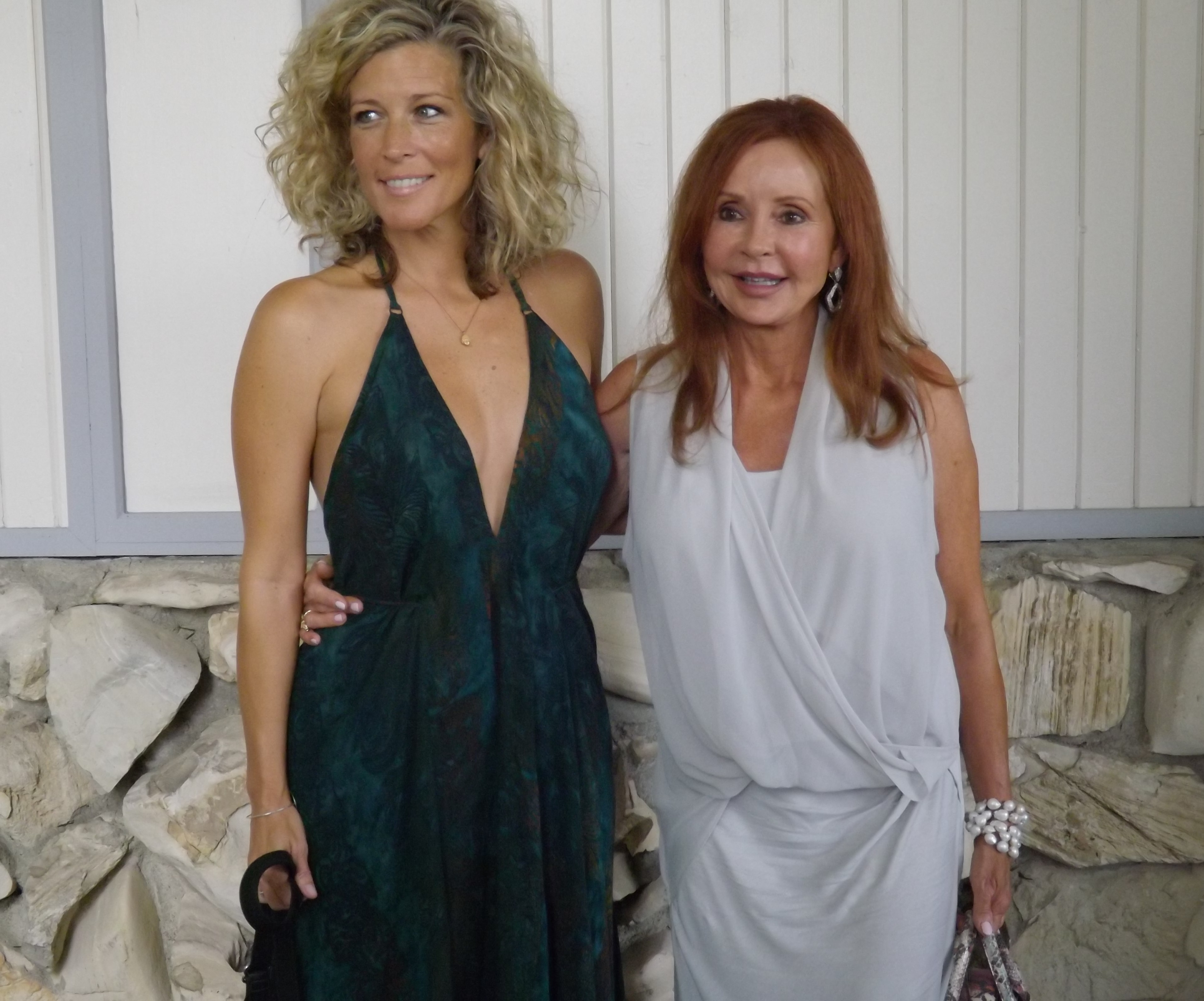 Laura Wright (Carly Jacks) with her onscreen mother Jackie Zeman (Bobbie Spencer).