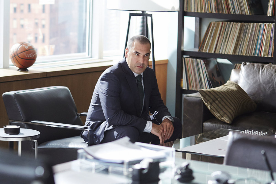 'Suits' Review: 'Exposure' Reveals an Unintentional Betrayal