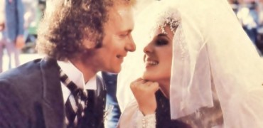 Luke-and-Laura-Wedding-general-hospital-80s-26326422-500-375