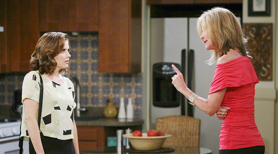 Eve warns Theresa that Kristen is gunning for her.