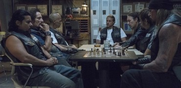 'Sons of Anarchy' Review: 'Suits of Woe'