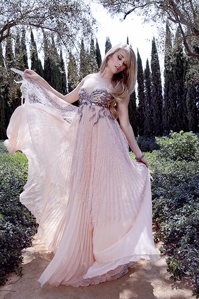 kim-matula-location-pink-dress