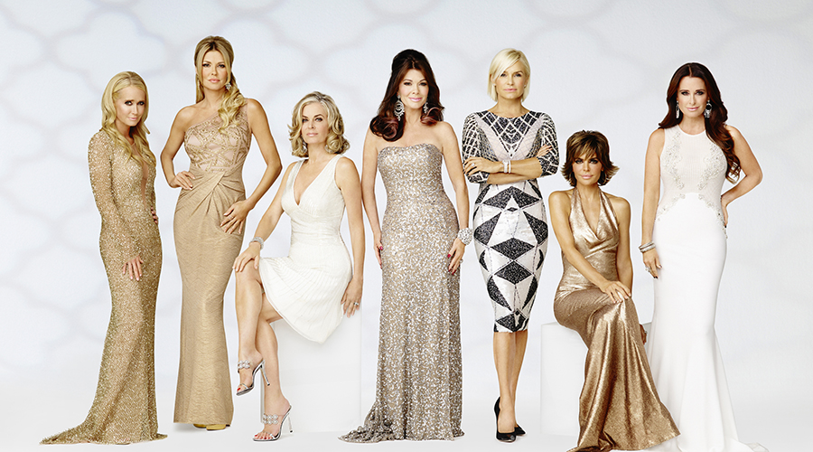 THE REAL HOUSEWIVES OF BEVERLY HILLS -- Season:5 -- Pictured: (l-r) Kim Richards, Brandi Glanville, Eileen Davidson, Lisa Vanderpump, Yolanda H. Foster, Lisa Rinna, Kyle Richards -- (Photo by: Michael Larsen/Bravo)