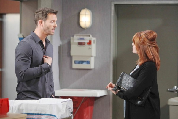 Kimberly and Brady battle for Theresa and Tate's future.
