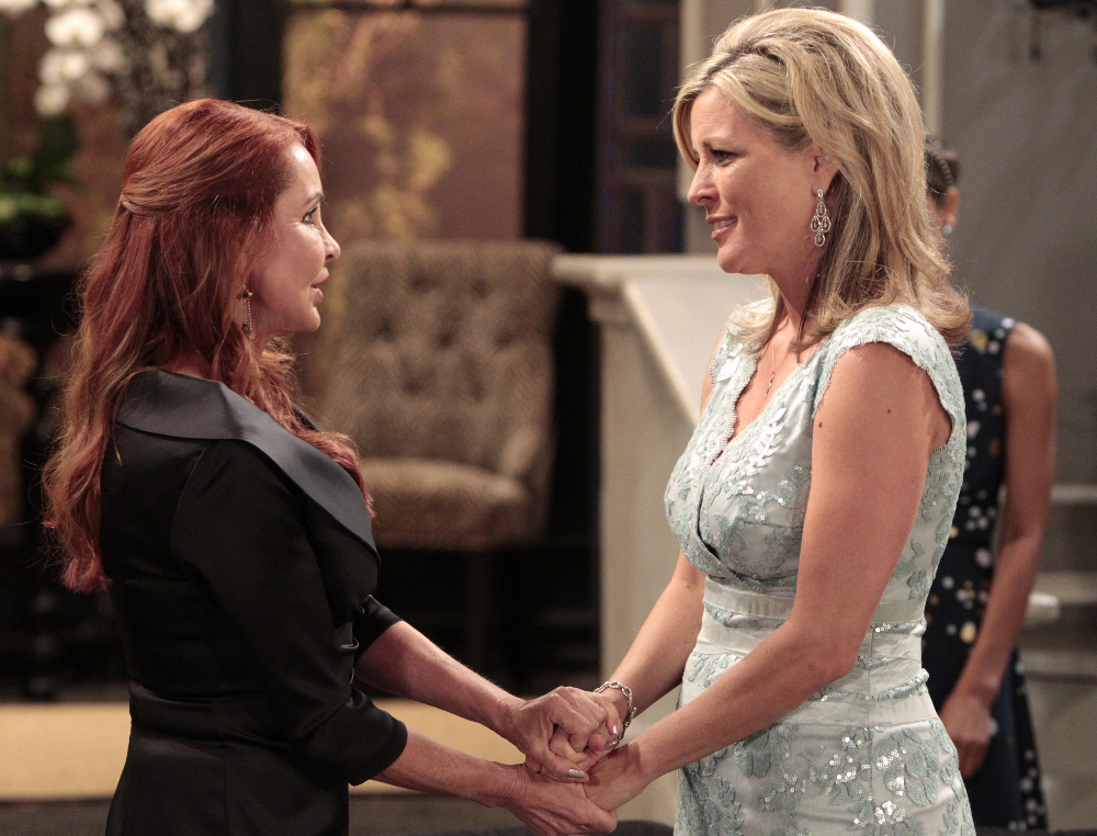 """GENERAL HOSPITAL - Jacklyn Zeman (Bobbie) and Laura Wright (Carly) in a scene that airs the week of September 7, 2015 on ABC's """"General Hospital."""" The Emmy-winning daytime drama """"General Hospital"""" airs Monday-Friday (3:00 p.m. - 4:00 p.m., ET) on the ABC Television Network. GH15 (ABC/Rick Rowell) JACKLYN ZEMAN, LAURA WRIGHT"""