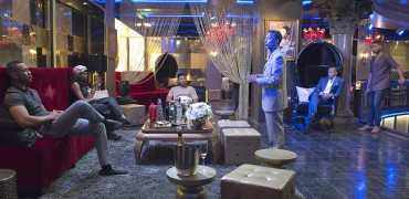 "EMPIRE: Pictured L-R: Trai Byers as Andre Lyon, Taraji P. Henson as Cookie Lyon, Bryshere Gray as Hakeem Lyon, guest star Andre Royo as Thurston ""Thirsty"" Rawlings, Terrence Howard as Lucious Lyon and Jussie Smollett as Jamal Lyon in the ""Poor Yorick"" episode of EMPIRE airing Wednesday, Oct. 14 (9:00-10:00 PM ET/PT) on FOX. ©2015 Fox Broadcasting Co. Cr: Chuck Hodes/FOX."