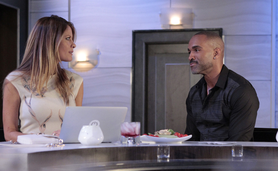 "GENERAL HOSPITAL - Michelle Stafford (Nina) and Donnell Turner (Curtis) in a scene that airs the week of June 20, 2016 on ABC's ""General Hospital."" The Emmy-winning daytime drama ""General Hospital"" airs Monday-Friday (3:00 p.m. - 4:00 p.m., ET) on the ABC Television Network.   GH16  (ABC/Rick Rowell) MICHELLE STAFFORD, DONNELL TURNER"