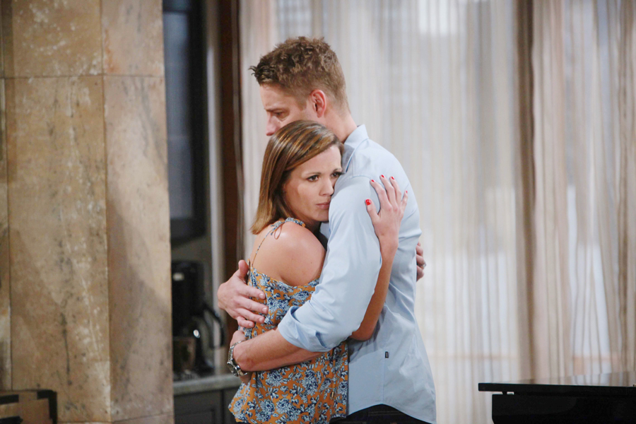 Melissa Claire Egan, Justin Hartley