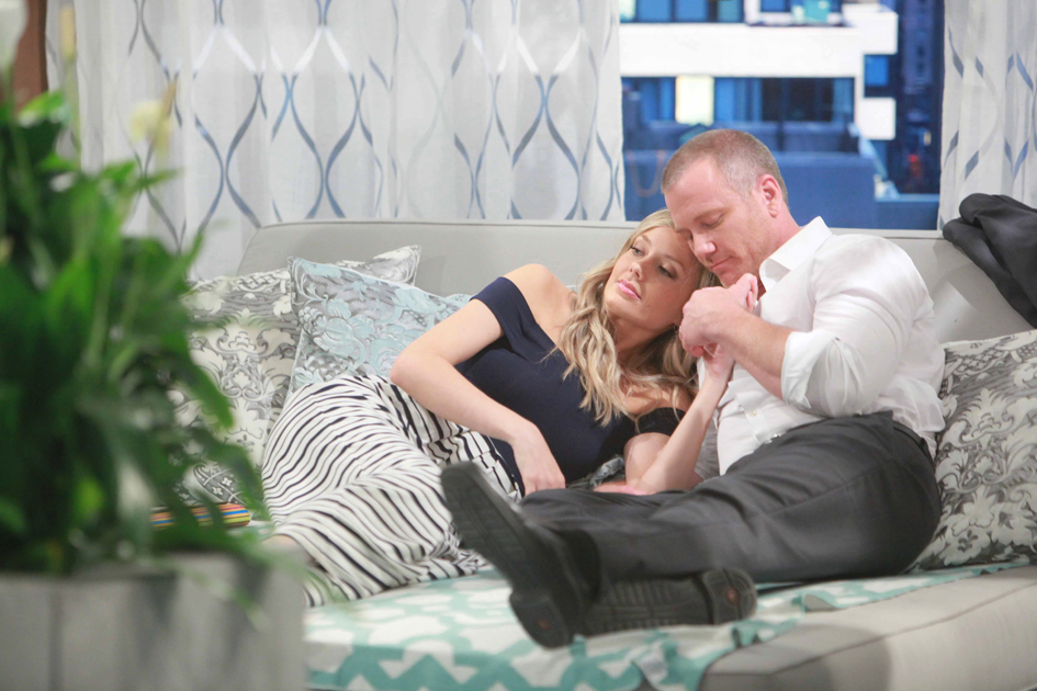 """Melissa Ordway, Sean Carrigan """"The Young and the Restless"""" Set  CBS television City Los Angeles 06/23/16 © Howard Wise/jpistudios.com 310-657-9661 Episode # 10978 U.S. Airdate 08/02/16"""