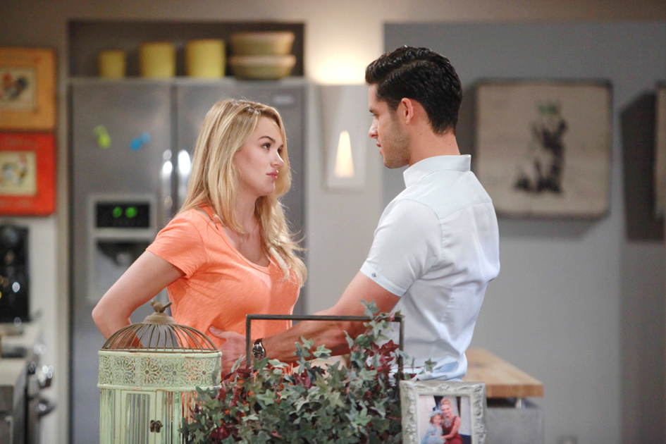 "Miles Gaston Villanueva, Hunter King ""The Young and the Restless"" Set  CBS television City Los Angeles 07/12/16 © Howard Wise/jpistudios.com 310-657-9661 Episode # 10987 U.S. Airdate 08/15/16"