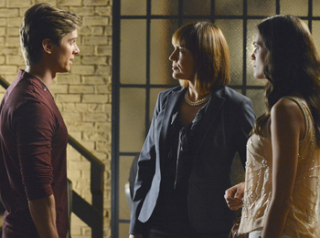 Pictured: Drew Van Acker, Lesley Fera, Torrey Devitto