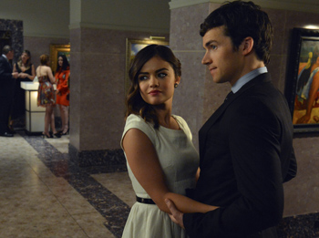 Aria stumbles onto answers about Ezra's past