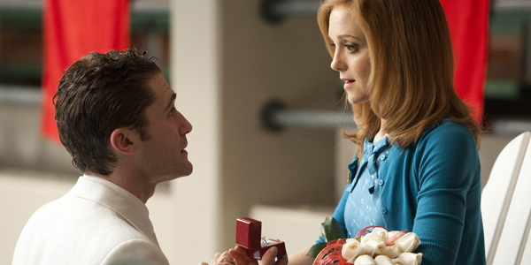 Matthew Morrison and Jayma Mays