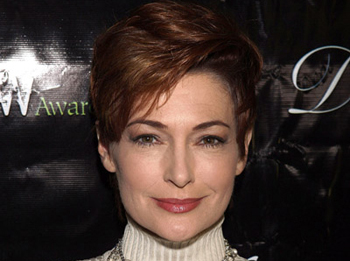 Carolyn Hennesy Embraces Her Inner 'Cougar'