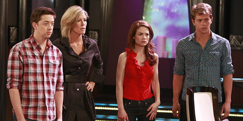 "GENERAL HOSPITAL - Bradford Anderson (Spinelli), Laura Wright (Carly), Rebecca Herbst (Elizabeth) and Chad Duell (Michael) in a scene that airs the week of May 27, 2013 on ABC's ""General Hospital."" ""General Hospital"" airs Monday-Friday (2:00 p.m. - 3:00 p.m., ET) on the ABC Television Network. GH13 (ABC/Ron Tom) BRADFORD ANDERSON, LAURA WRIGHT, REBECCA HERBST, CHAD DUELL"