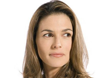 Paige Turco Guest Stars on 'Damages'