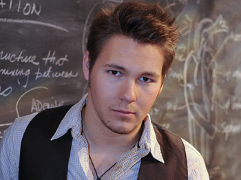 Scott Clifton Out at 'OLTL'