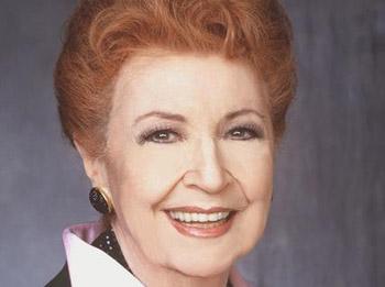 Eileen Herlie passes away.